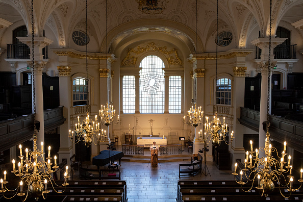 Last Supper「Coronavirus Leads Iconic London Church To Live Stream Services」:写真・画像(4)[壁紙.com]