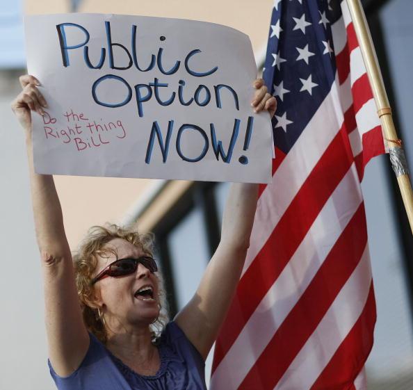 Medical Insurance「Activists Rally For Health Reform Public Option」:写真・画像(12)[壁紙.com]