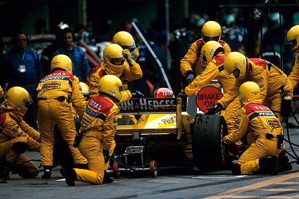 Mechanic「Ralf Schumacher, Grand Prix Of Brazil」:写真・画像(1)[壁紙.com]