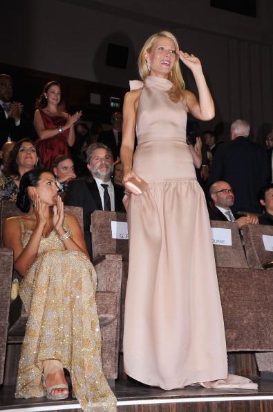 """Nude Colored Dress「""""Contagion"""" Premiere - 68th Venice Film Festival」:写真・画像(18)[壁紙.com]"""