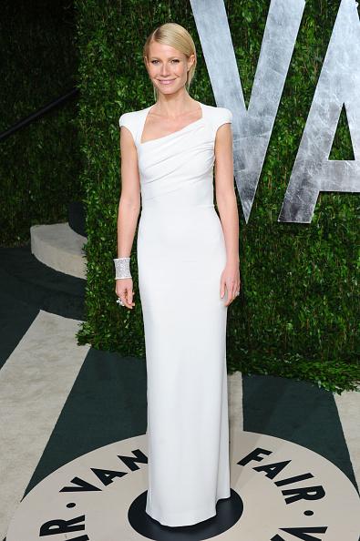 White Dress「2012 Vanity Fair Oscar Party Hosted By Graydon Carter - Arrivals」:写真・画像(15)[壁紙.com]