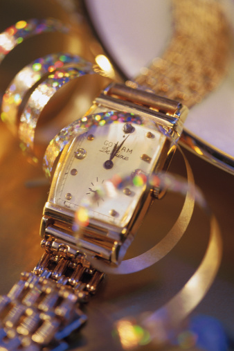 New Year「Expensive wristwatch with streamer」:スマホ壁紙(17)