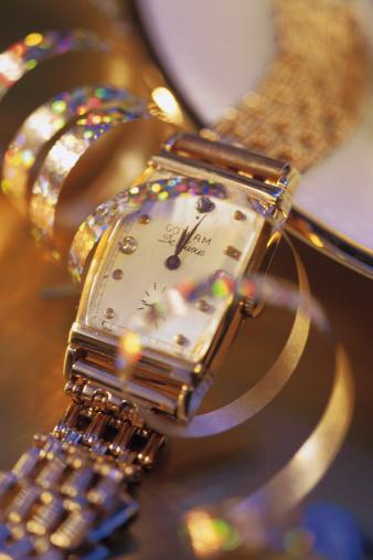 Jewelry「Expensive wristwatch with streamer」:スマホ壁紙(16)