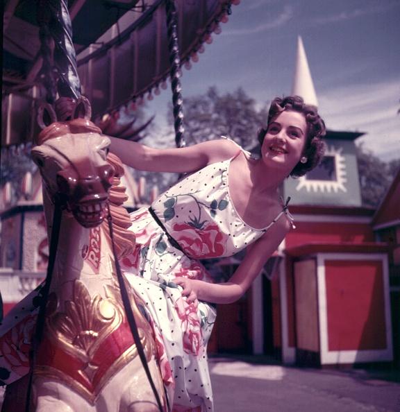 Sundress「Carousel」:写真・画像(17)[壁紙.com]