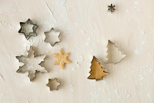 Pinaceae「Christmas Cookies and cookie cutters」:スマホ壁紙(19)