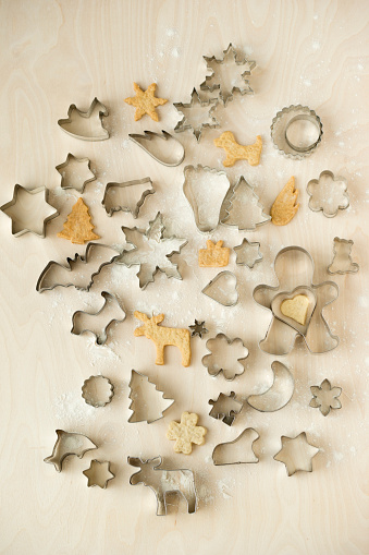 Pastry Cutter「Christmas Cookies and cookie cutters」:スマホ壁紙(14)