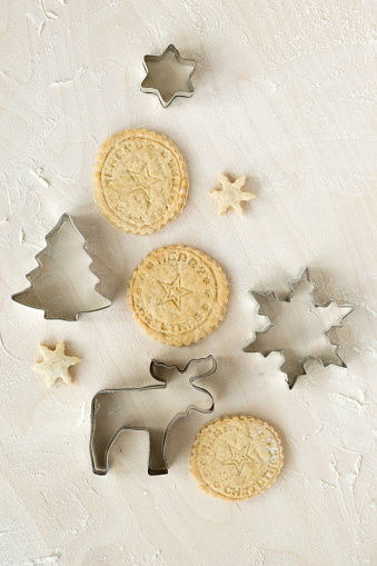 Cookie「Christmas Cookies and cookie cutters」:スマホ壁紙(17)