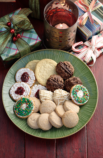 Cookie「Christmas cookies on a plate」:スマホ壁紙(16)