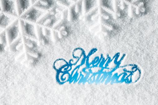 雪の結晶「クリスマスカード-ツリー雪の冬のウィンドウ」:スマホ壁紙(9)