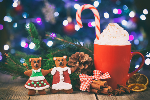 Gingerbread Cookie「Christmas cappuccino and gingerbread homemade cookies in front Christmas tree on Rustic Wooden Table」:スマホ壁紙(6)