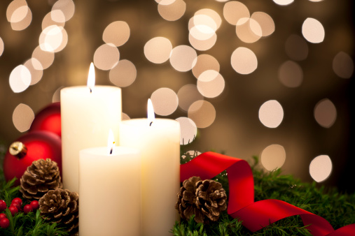 Praying「Christmas Candles」:スマホ壁紙(1)