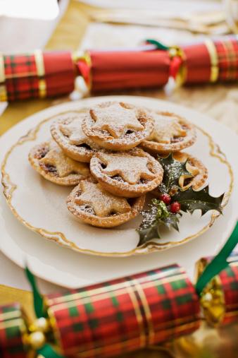 Christmas Cracker「Christmas crackers and dessert」:スマホ壁紙(9)