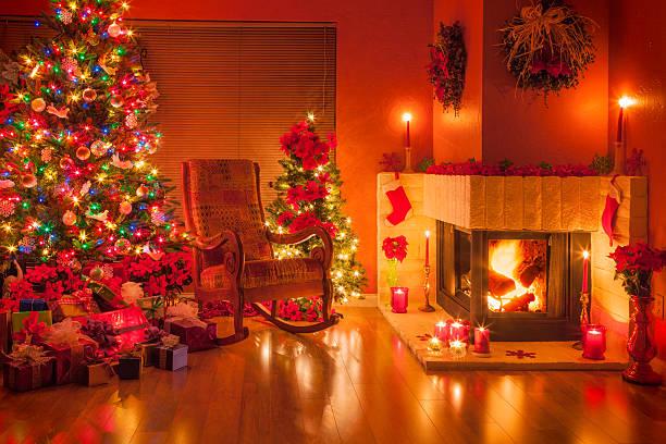 Christmas, Christmas tree, fireplace; holiday; ornaments;:スマホ壁紙(壁紙.com)