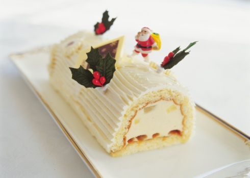 Log On「Christmas cake rolled up and covered with cream, Yolu log」:スマホ壁紙(14)