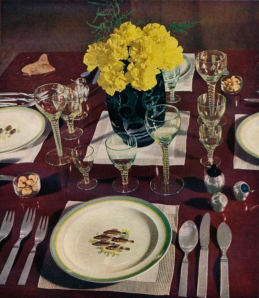 Dining Table「Silver 1939」:写真・画像(0)[壁紙.com]