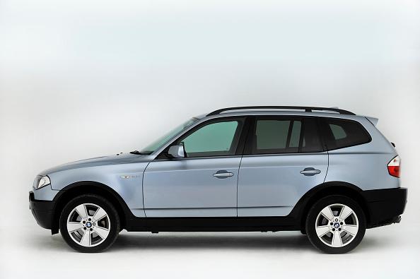 Side View「2005 BMW X3」:写真・画像(10)[壁紙.com]