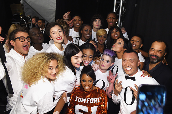 Month「Naomi Campbell's Fashion For Relief Charity Fashion Show - Backstage」:写真・画像(17)[壁紙.com]