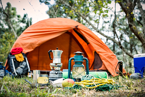 Wilderness「Equipment and accessories for mountain hiking in the wilderness」:スマホ壁紙(15)