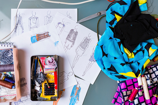 DIY「Equipment and sketches of fashion designer」:スマホ壁紙(3)