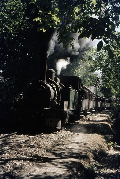 T 「Friday is a Muslim holiday in Syria and excursion trains ran into the hills near the border with Lebanon at Sergayah to enable the residents of Damascus to escape from the searing heat of summer. Hence on Friday 18th June 1976 a 2-6-0T built by SLM in 18」:写真・画像(19)[壁紙.com]