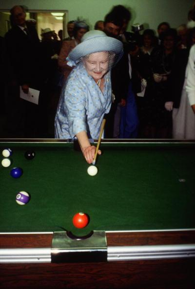 青「British Royalty」:写真・画像(3)[壁紙.com]