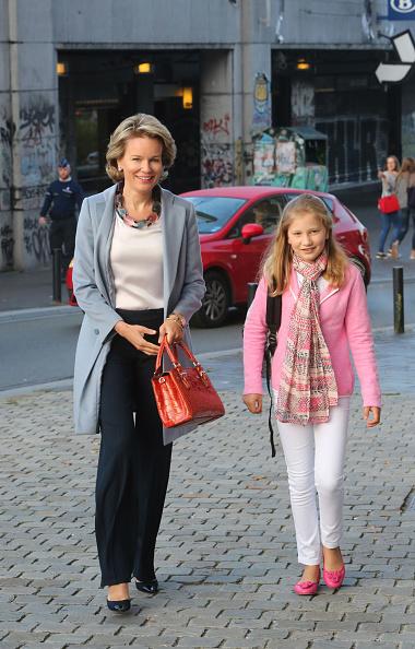 First Day Of School「Queen Mathilde Of Belgium Brings Her Children, Elisabeth, Eleonore & Gabriel To Sint-Jans Berghmanscollege To Attend First Day Of School」:写真・画像(18)[壁紙.com]