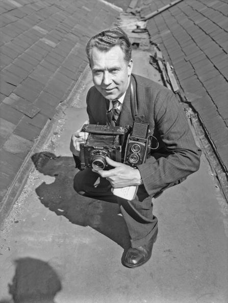 Crouching「William Vanderson」:写真・画像(3)[壁紙.com]