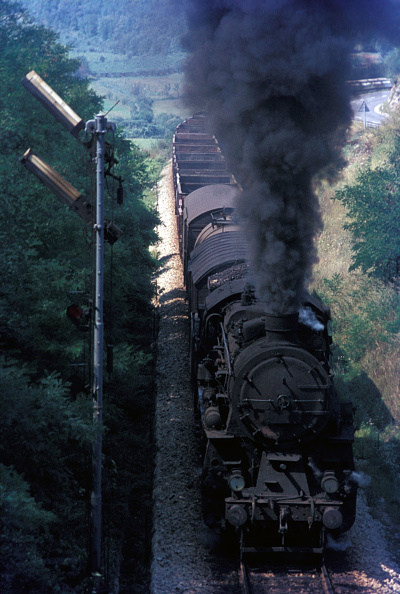 National Landmark「A former Prussian G12 Class 3 cylinder 2-10-0 classified 36 by Yugoslav Railways storms the gradient from Prvacina to Stanjel on the line between Nova Gorica and Sezana in August 1972.」:写真・画像(6)[壁紙.com]
