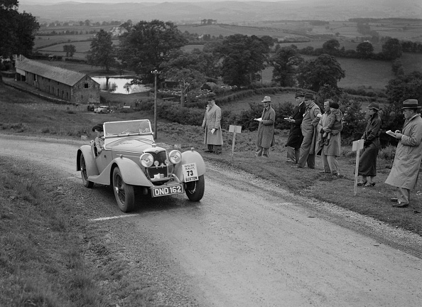 Rally Car Racing「Riley Sprite 2-seater of Mrs TB Hague competing in the South Wales Auto Club Welsh Rally, 1937」:写真・画像(14)[壁紙.com]