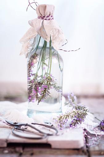 flower「Lavender vinegar, lavender blossoms with white wine vinegar」:スマホ壁紙(16)