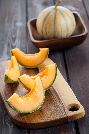 メロン「Sliced and pitted Charentais melon」:スマホ壁紙(15)