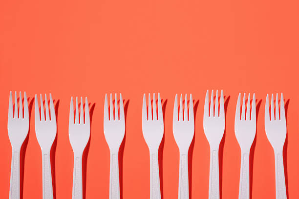 Plastic forks:スマホ壁紙(壁紙.com)