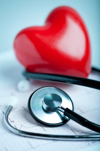Emergency Services Occupation「Heart, stethoscope and EKG」:スマホ壁紙(9)
