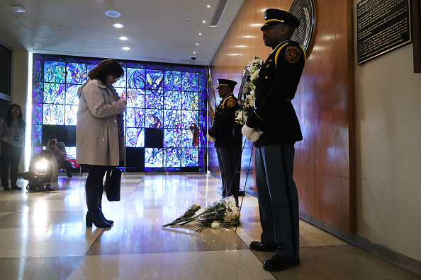 United Nations Building「United Nations Holds Wreath Laying Ceremony For Fallen Personnel Aboard Ethiopian Airlines Crash」:写真・画像(2)[壁紙.com]