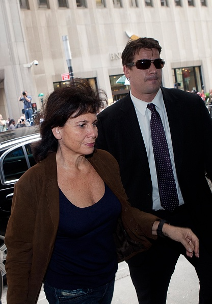 Andrew Burton「Dominique Strauss-Kahn Under House Arrest In New York City」:写真・画像(2)[壁紙.com]
