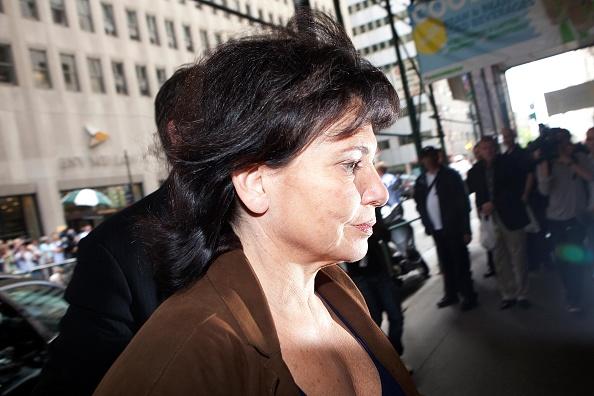 Andrew Burton「Dominique Strauss-Kahn Under House Arrest In New York City」:写真・画像(1)[壁紙.com]