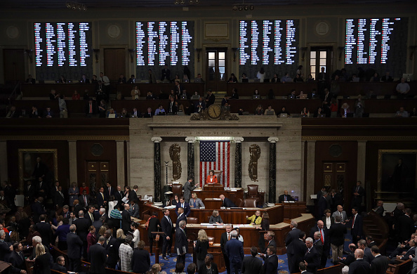 Win McNamee「House Votes To Formalize Impeachment Inquiry」:写真・画像(14)[壁紙.com]