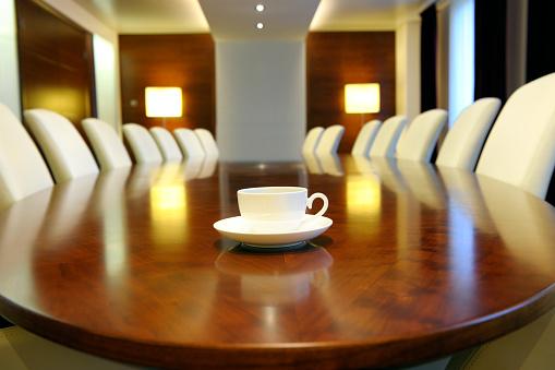 Corporate Business「empty board room, XXXL image」:スマホ壁紙(0)