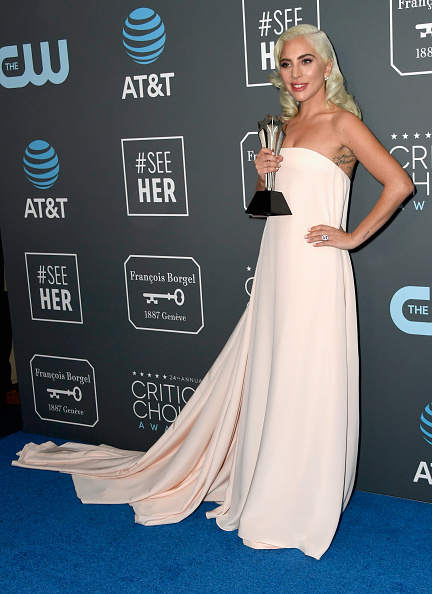 Shallow「The 24th Annual Critics' Choice Awards - Press Room」:写真・画像(5)[壁紙.com]