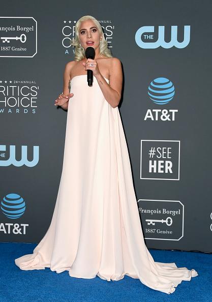 Shallow「The 24th Annual Critics' Choice Awards - Press Room」:写真・画像(8)[壁紙.com]