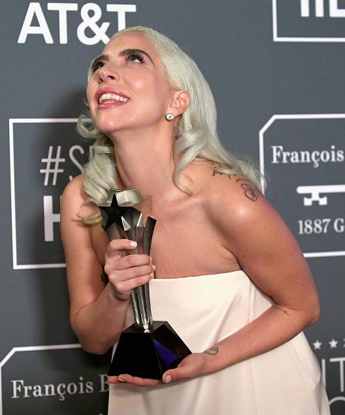 Shallow「The 24th Annual Critics' Choice Awards - Press Room」:写真・画像(10)[壁紙.com]