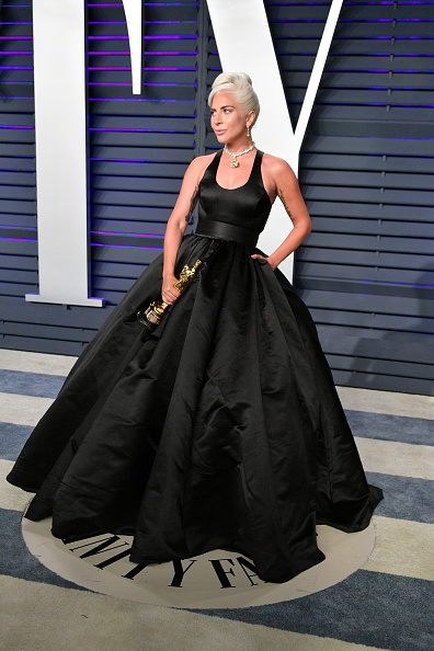Shallow「2019 Vanity Fair Oscar Party Hosted By Radhika Jones - Arrivals」:写真・画像(19)[壁紙.com]