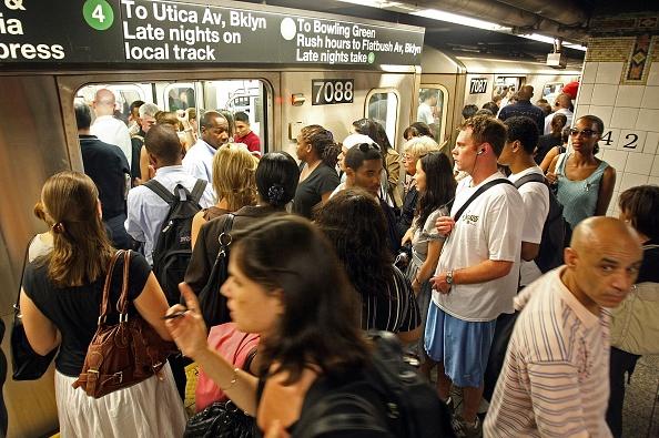 Effort「Thousands Stranded By Rain Induced NYC Subway Delays」:写真・画像(15)[壁紙.com]
