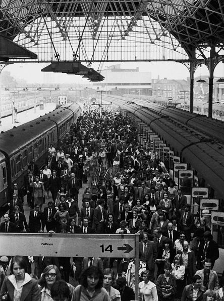 City Life「London Bridge Station」:写真・画像(15)[壁紙.com]