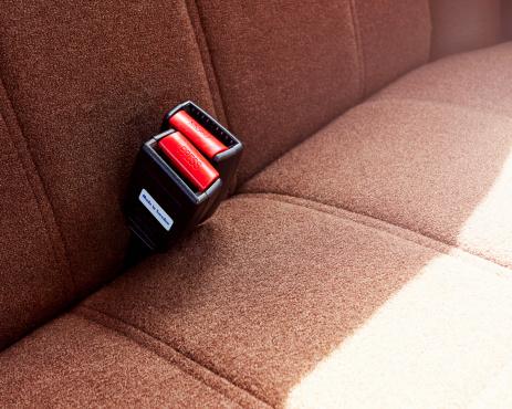 Car Interior「Volvo rear seat buckle」:スマホ壁紙(14)