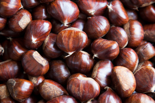 Chestnut - Food「chestnuts for sale in market」:スマホ壁紙(1)