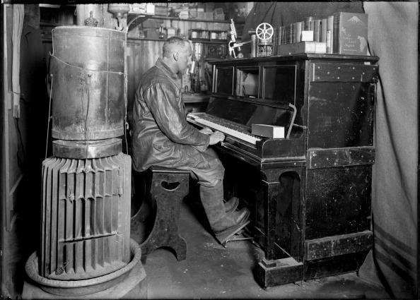 Musical instrument「Terra Nova Expedition」:写真・画像(2)[壁紙.com]