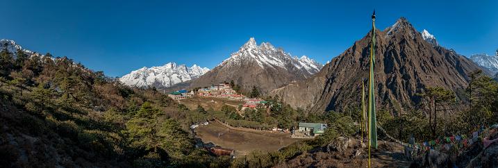 Khumbu「Nepal, Himalaya, Khumbu, Tengboche in the mountains」:スマホ壁紙(9)