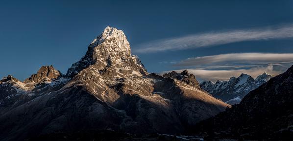 Khumbu「Nepal, Himalayas, Khumbu, Everest Region, Taboche」:スマホ壁紙(10)