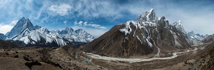 Khumbu「Nepal, Himalayas, Khumbu, Everest Region, Ama Dablam and Taboche」:スマホ壁紙(4)